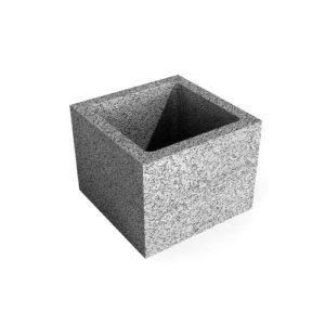 Beton pillérzsaluzó elem